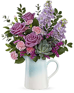 Teleflora\'s Farmhouse Chic Bouquet