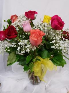 Sweetest Day Roses!! One Dozen Roses Designed in a Vase